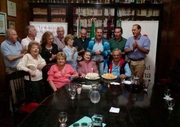 Celebración de los cumpleaños de Rosita Ovalle, Gina Estivi y Daniel Tubello, miembros de la Comisión Directiva.