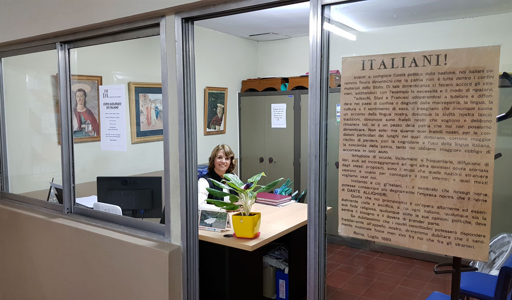 Escuela de Aprendizaje del Idioma Italiano Dante Alighieri de la Sociedad Italiana en Salta, Argentina